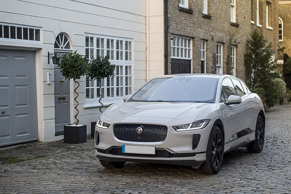 Jaguar Land Rover offers available to IMechE members